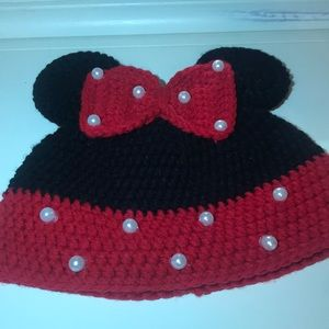 Other - Minnie Mouse beanie